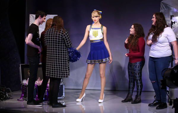 Madame Tussauds Unveil Taylor Swift Wax Figure [madame tussauds,taylor swift,wax figure,wax figure,performance,entertainment,fashion,performing arts,event,fashion design,talent show,musical theatre,heater,musical,london,england]