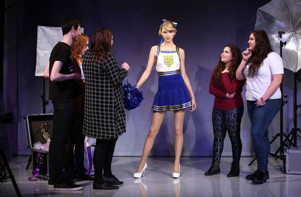 Madame Tussauds Unveil Taylor Swift Wax Figure [madame tussauds,taylor swift,wax figure,wax figure,fashion,performance,fashion design,event,performing arts,fun,competition,heater,musical,talent show,london,england]