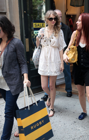Taylor Swift Singer Taylor Swift shops at Rugby on May 15, 2010 in New York City.