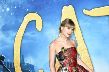 "Taylor Swift ""Cats"" World Premiere"