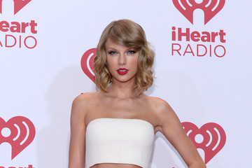 Taylor Swift 2014 iHeartRadio Music Festival - Night 1 - Backstage