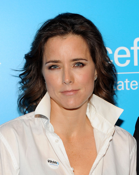 Excellent Tea Leoni Family Man Hairstyle 40149 Dfiles Short Hairstyles For Black Women Fulllsitofus