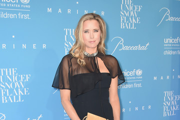 Tea Leoni 12th Annual UNICEF Snowflake Ball
