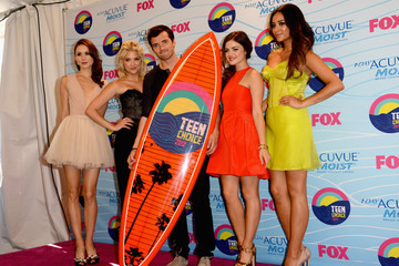 Lucy Hale Shay Mitchell Teen Choice Awards 2012 - Press Room