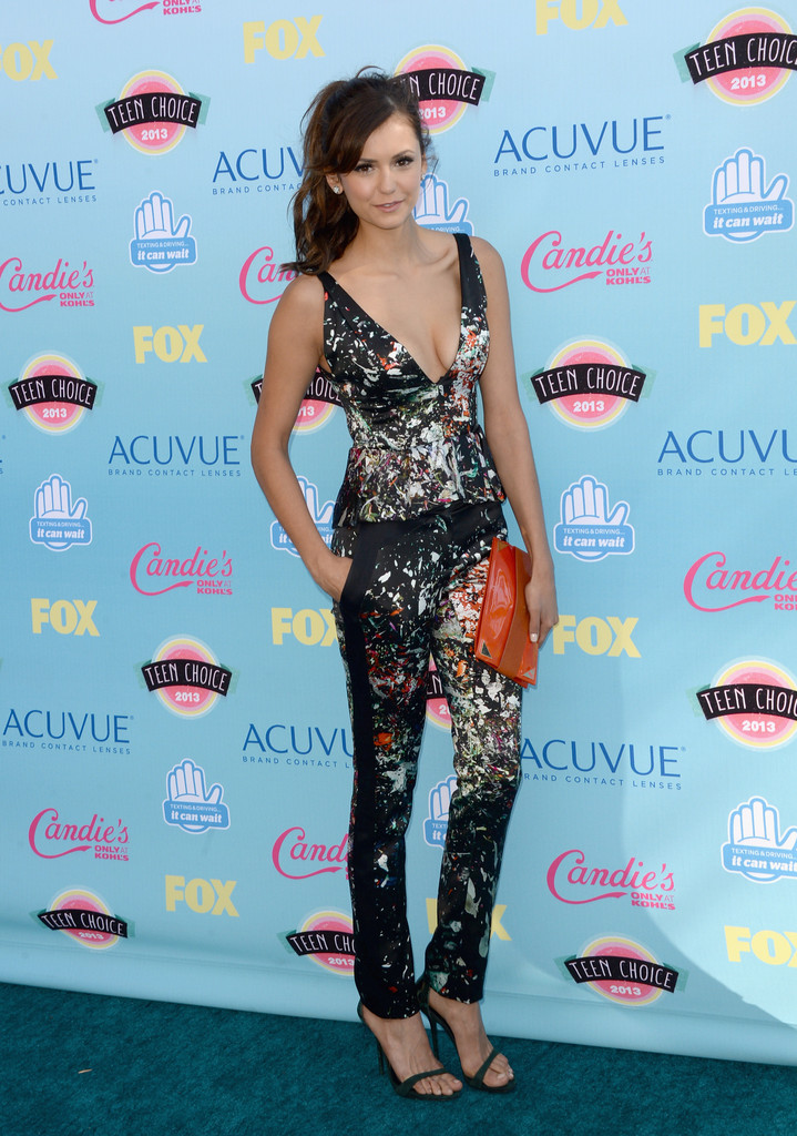 lActress Nina Dobrev attends the Teen Choice Awards 2013 at Gibson Amphitheatre on August 11, 2013 in Universal City, California.