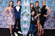 (L-R) Actors Andrea Barber, Michael Campion, Soni Nicole Bringas, Elias Harger, Candace Cameron-Bure and Jodie Sweetin pose with the Choice TV Comedy award for 'Fuller House' in the press room during Teen Choice Awards 2016 at The Forum on July 31, 2016 in Inglewood, California.