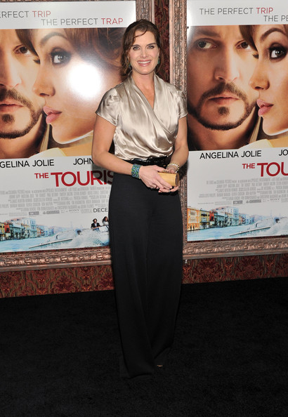 "Actress Brooke Shields attends the World premiere of ""The Tourist"" at Ziegfeld Theatre on December 6, 2010 in New York, New York."