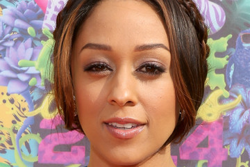 Tia Mowry Nickelodeon's 27th Annual Kids' Choice Awards - Red Carpet