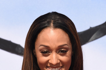 "Tia Mowry Premiere Of Twentieth Century Fox And DreamWorks Animation ""How To Train Your Dragon 2"" - Arrivals"