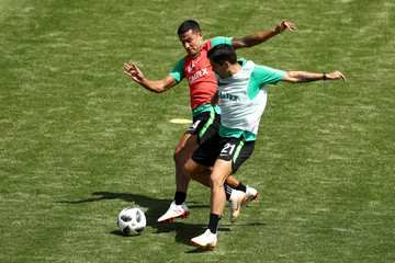 Tim Cahill Australia Media And Training Opportunity