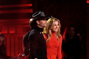 """Singer/songwriter Tim McGraw (L) and wife/singer Faith Hill perform on """"The Tonight Show Starring Jimmy Fallon"""" at Rockefeller Center on November 16, 2017 in New York City."""
