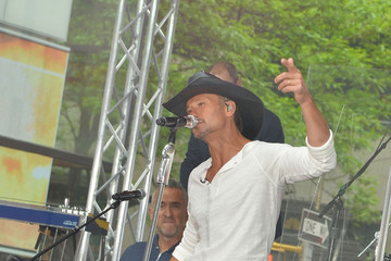 Tim McGraw Tim McGraw Performs on the 'Today' Show