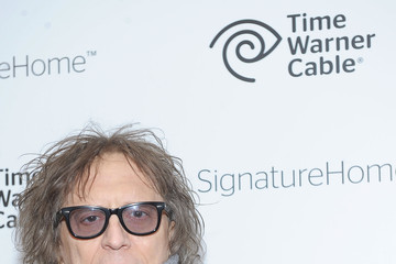 Mick Rock Time Warner Cable Launches The SignatureHome