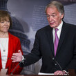 Tina Smith Senate Democrats File Petition To Force Vote On Net Neutrality