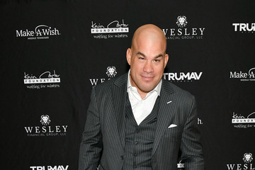 Tito Ortiz Waiting For Wishes Celebrity Waiters Dinner With Kevin Carter & Jay DeMarcus