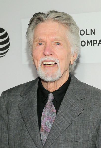 tom skerritt in cheers