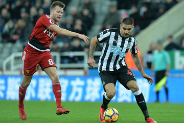 Tom Cleverly Newcastle United v Watford - Premier League