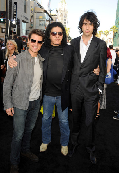 Tom Cruise And Nick Simmons Photos Photos Premiere Of