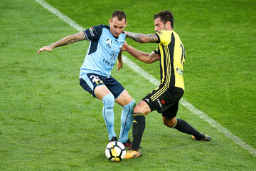 Tom Doyle A-League Rd 12 - Wellington v Sydney