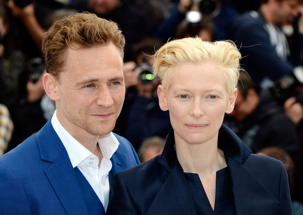 http://www4.pictures.zimbio.com/gi/Tom+Hiddleston+Hommage+Kim+Novak+Event+Cannes+zjfyOFvYT9fx.jpg