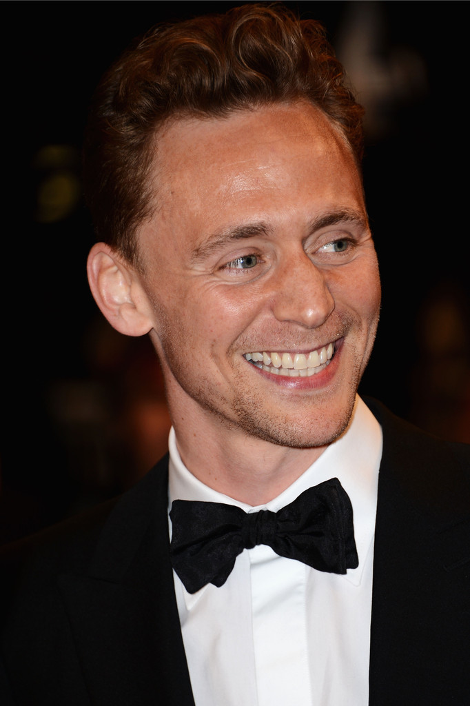 http://www4.pictures.zimbio.com/gi/Tom+Hiddleston+Only+Lovers+Left+Alive+Premieres+RoaFsN5iQTrx.jpg