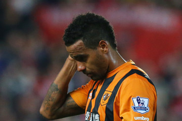 Tom Huddlestone Hull City v Arsenal - Premier League