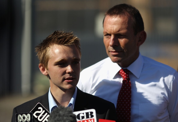 Tony Abbott Campaigns In Queensland []