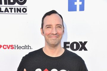 Tony Hale Stand Up To Cancer Marks 10 Years Of Impact In Cancer Research At Biennial Telecast - Arrivals