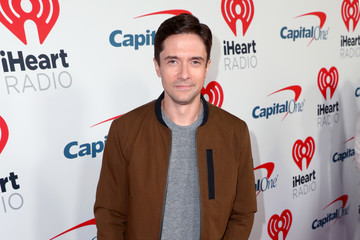 Topher Grace 2019 iHeartRadio Podcast Awards Presented By Capital One – Red Carpet