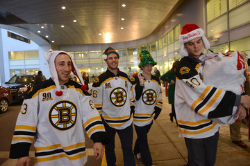 Tory Krug Bruins Deliver Toys and Smiles to the Hospital