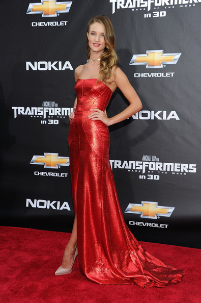 "Rosie Huntington-Whiteley attends the New York premiere of ""Transformers: Dark Side Of The Moon"" in Times Square on June 28, 2011 in New York City."