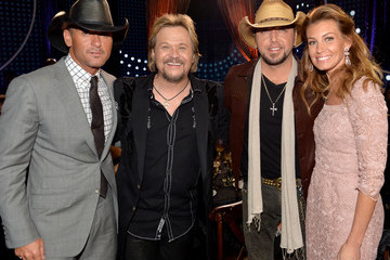 Travis Tritt Arrivals at the CMT Artists of the Year Show
