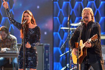Travis Tritt CMT Artists of the Year Show