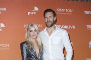 Actress Julianne Hough (L) and Brooks Laich attend the TrevorLIVE LA, on December 3, 2017, in Beverly Hills, California. / AFP PHOTO / VALERIE MACON