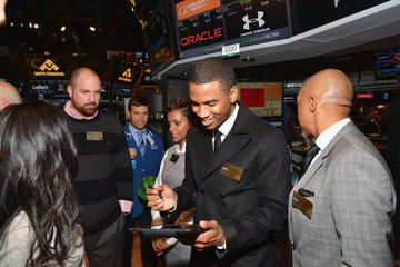Trey Songz Trey Songz Rings the NYSE Closing Bell