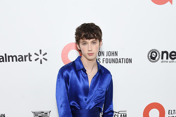 Troye Sivan 28th Annual Elton John AIDS Foundation Academy Awards Viewing Party Sponsored By IMDb, Neuro Drinks And Walmart - Red Carpet