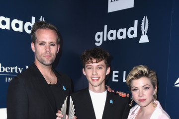 Troye Sivan 28th Annual GLAAD Media Awards in LA - Backstage