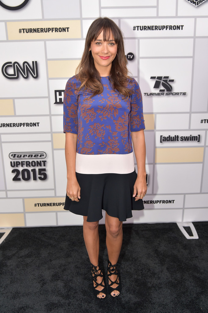 rashida jones dating history On biographycom, find out more about rashida jones, an actress known for her role on the sitcom 'parks and recreation' who's also the daughter of music legend quincy jones.