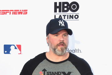 Tyler Labine Stand Up To Cancer Marks 10 Years Of Impact In Cancer Research At Biennial Telecast - Arrivals