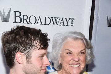 Tyne Daly 'Stars in the Alley' Performance in NYC