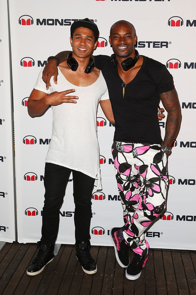 Celebs Love Their Monster Headphones in Sydney [fashion,event,carpet,fashion design,premiere,style,performance,tyson beckford hosts monster headphones,tyson beckford,sydney,australia,launch party,barry southgatepose,the ivy,monster headphones launch party]