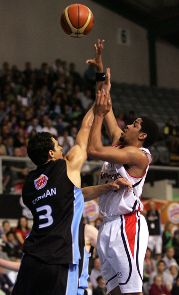 NBL Rd 11 - Breakers v Hawks