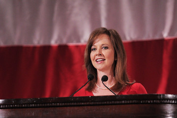Susan Powell USO Honors Military Women And Women Business Leaders At 45th Annual Woman Of The Year Luncheon