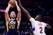 Gordon Hayward #20 of the Utah Jazz scores on a fadeaway jumper past Raymond Felton #2 of the LA Clippers during a 97-95 Jazz win at Staples Center on April 15, 2017 in Los Angeles, California.  NOTE TO USER: User expressly acknowledges and agrees that, by downloading and or using this photograph, User is consenting to the terms and conditions of the Getty Images License Agreement.