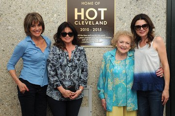 "Valerie Bertinelli TV Land Dedicates A Plaque To ""Hot In Cleveland"" On Stage 19 At CBS Studio Center"