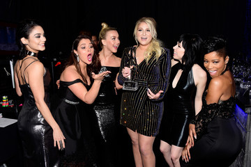 Vanessa Hudgens Julianne Hough People's Choice Awards 2016 - Backstage and Audience