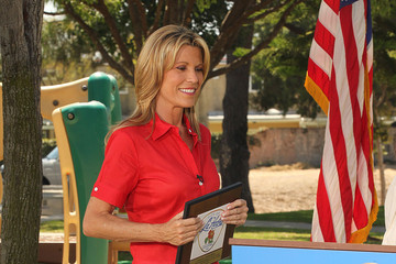 "Vanna White ""Wheel Of Fortune"" Visits The Gary Center"