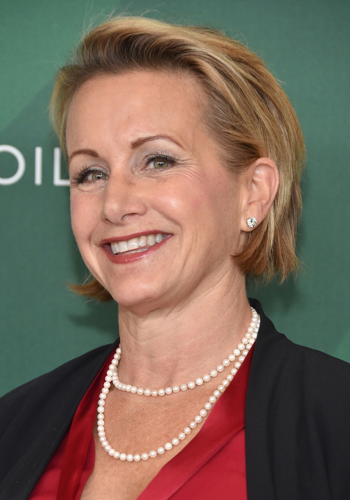 Gabrielle Carteris Wiki Salary Married Wedding Spouse Family