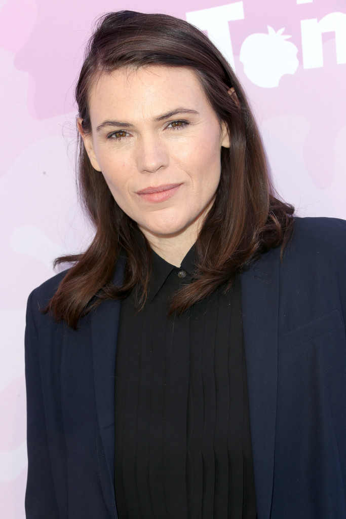 Clea Duvall Nude Photos 58