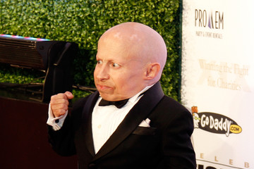 Verne Troyer Celebrity Fight Night XIX - Arrivals